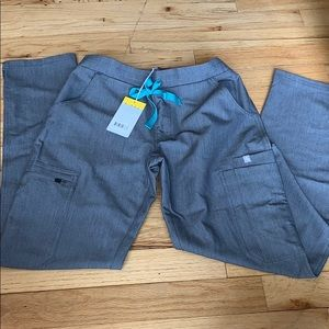 Figs Yola scrub pants